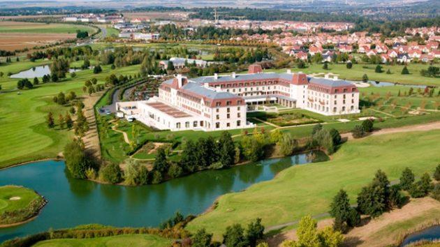 Charles de Gaulle to Radisson Blu Hotel Paris Marne-la-Vallee