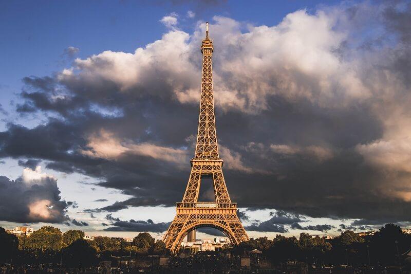Disneyland Paris to Eiffel Tower