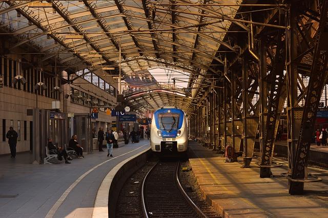 Charles de Gaulle to Gare de Lyon